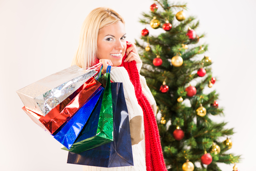 4 Ways To Entice Holiday Shoppers To Visit Your Store