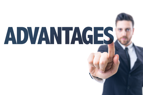 What Advantages Do Merchant Cash Advances Offer Over Bank Loans?
